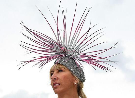 royal_ascot_hats_parade11