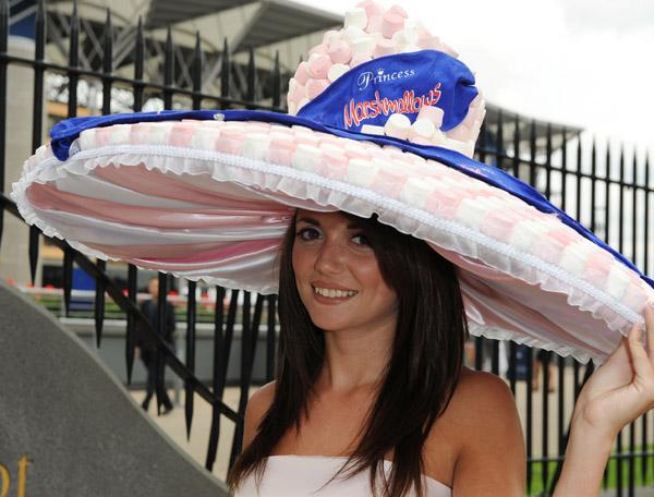 royal_ascot_hats_parade63